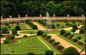 garden_in_chenonceau_castle__1